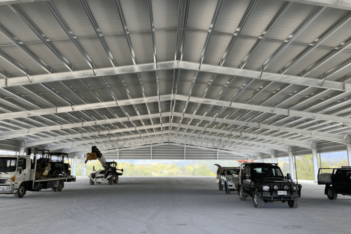 Structural steel shed roof