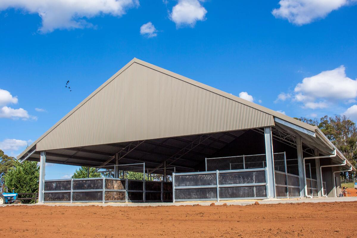 ABC Sheds traditional horse stable
