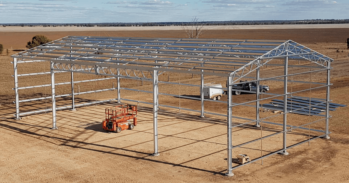 ABC Sheds steel farm shed being constructed