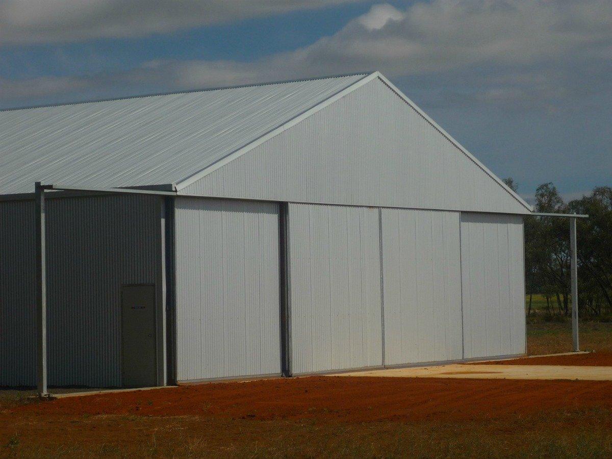 Aircraft hangar Hillston