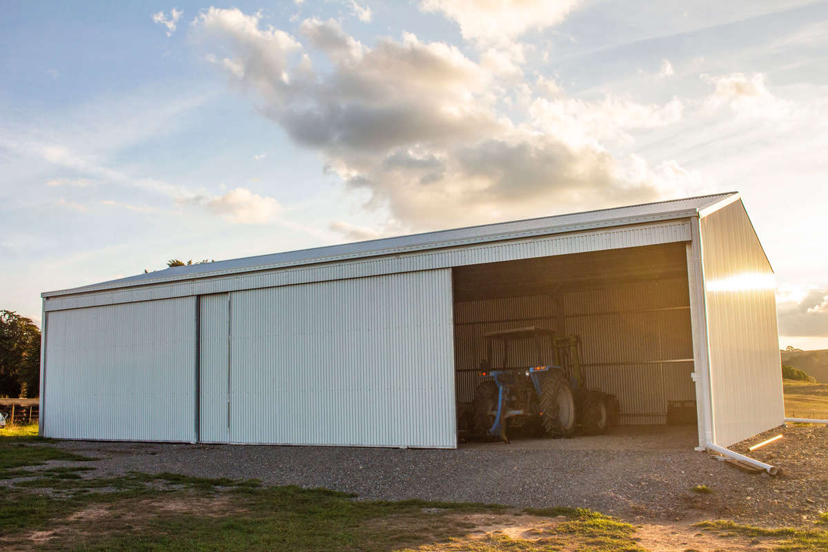 Machinery storage shed - Crookwell