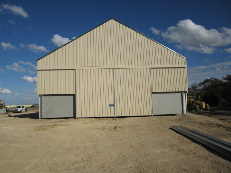 Closed grain shed in Boomi
