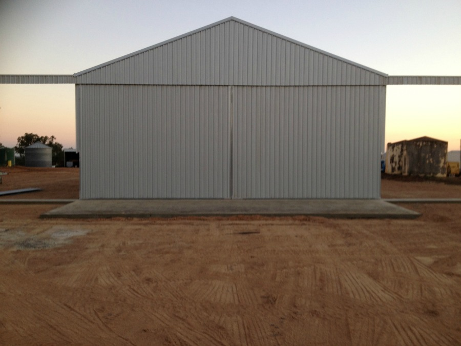 Grain shed in Grenfell