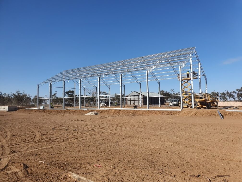 Grain shed being constructed in Merah North