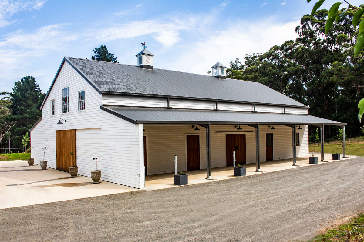 Horse stable - Mossvale - Side View