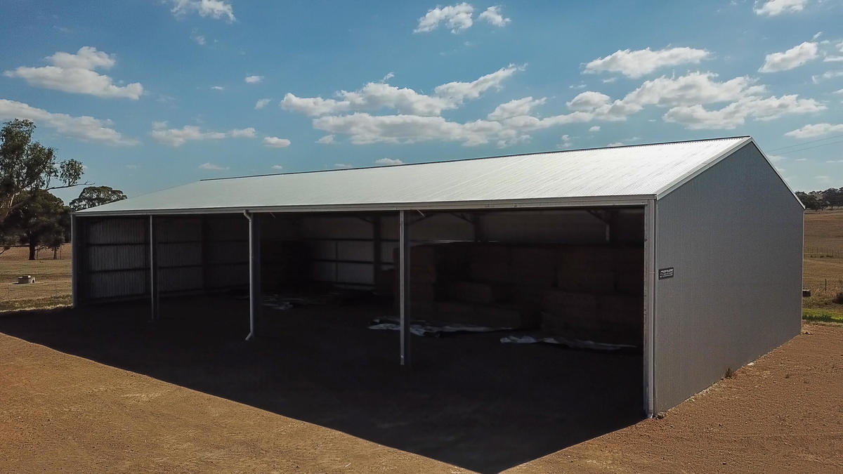 Side of yard cover in Cootamundra