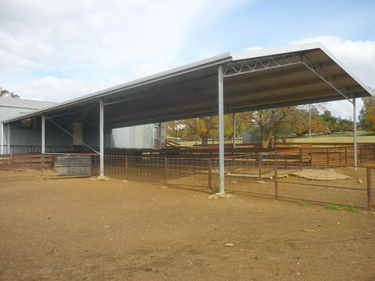 Yard cover in Greenthorpe