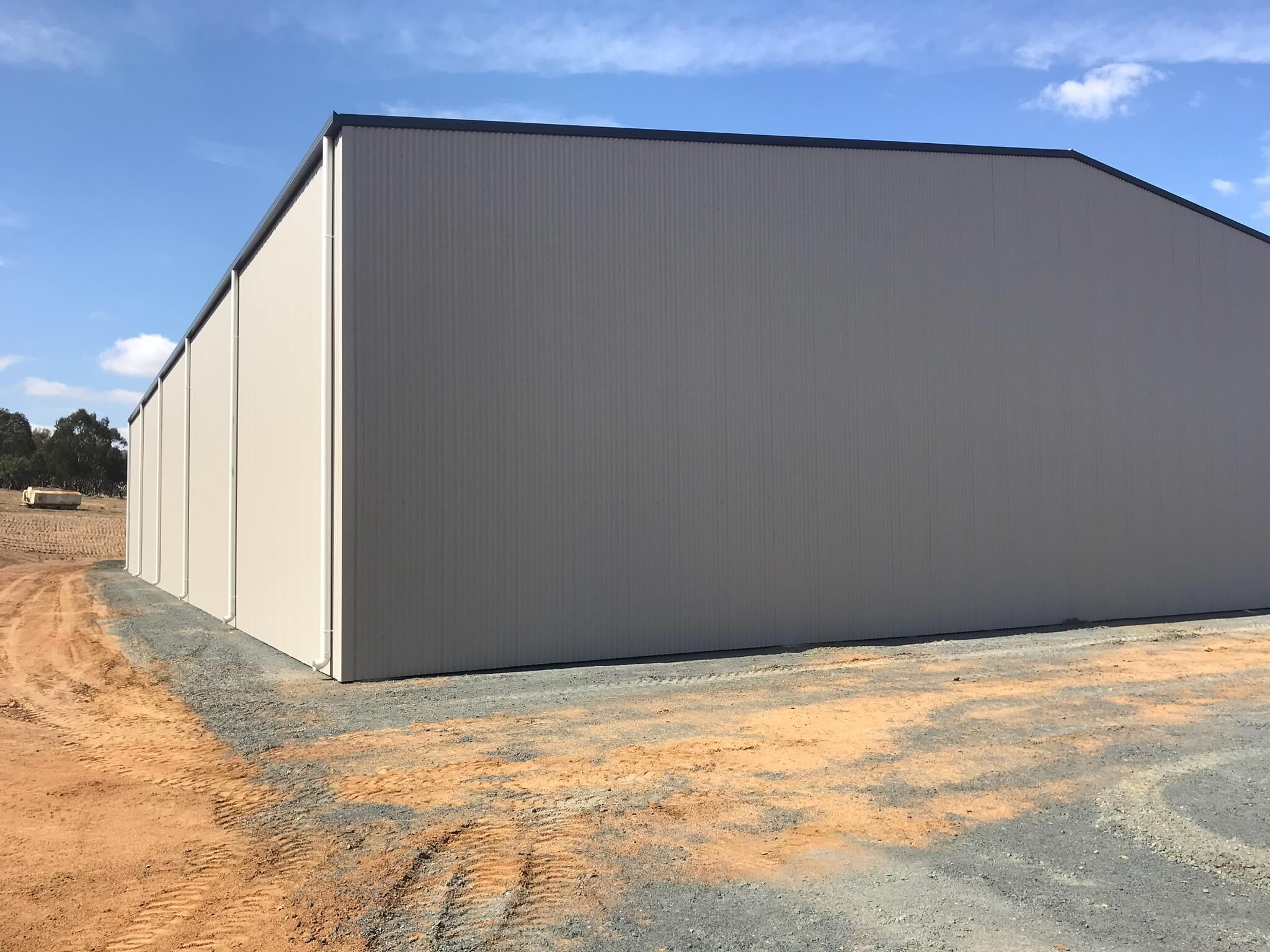Enclosed steel farm shed NSW